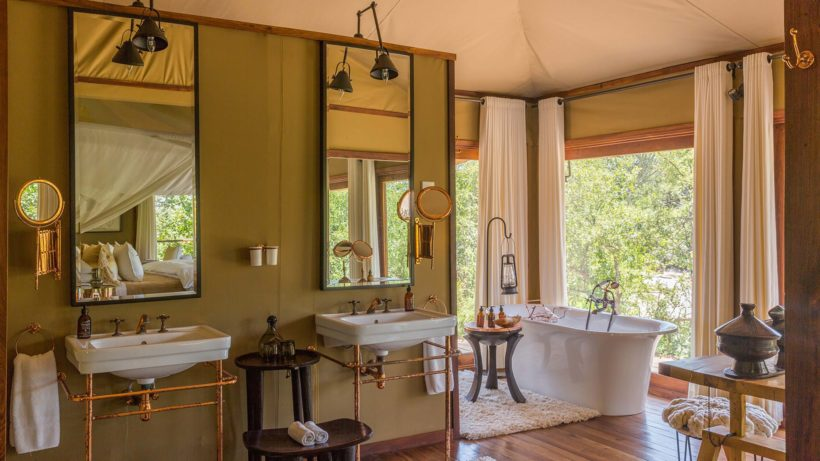 MWIBA-LODGE—BATH-Wito-Africa