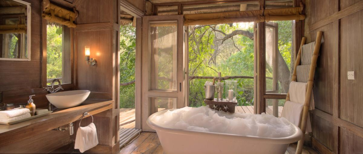 Manyara Tree Lodge-bubble-bath