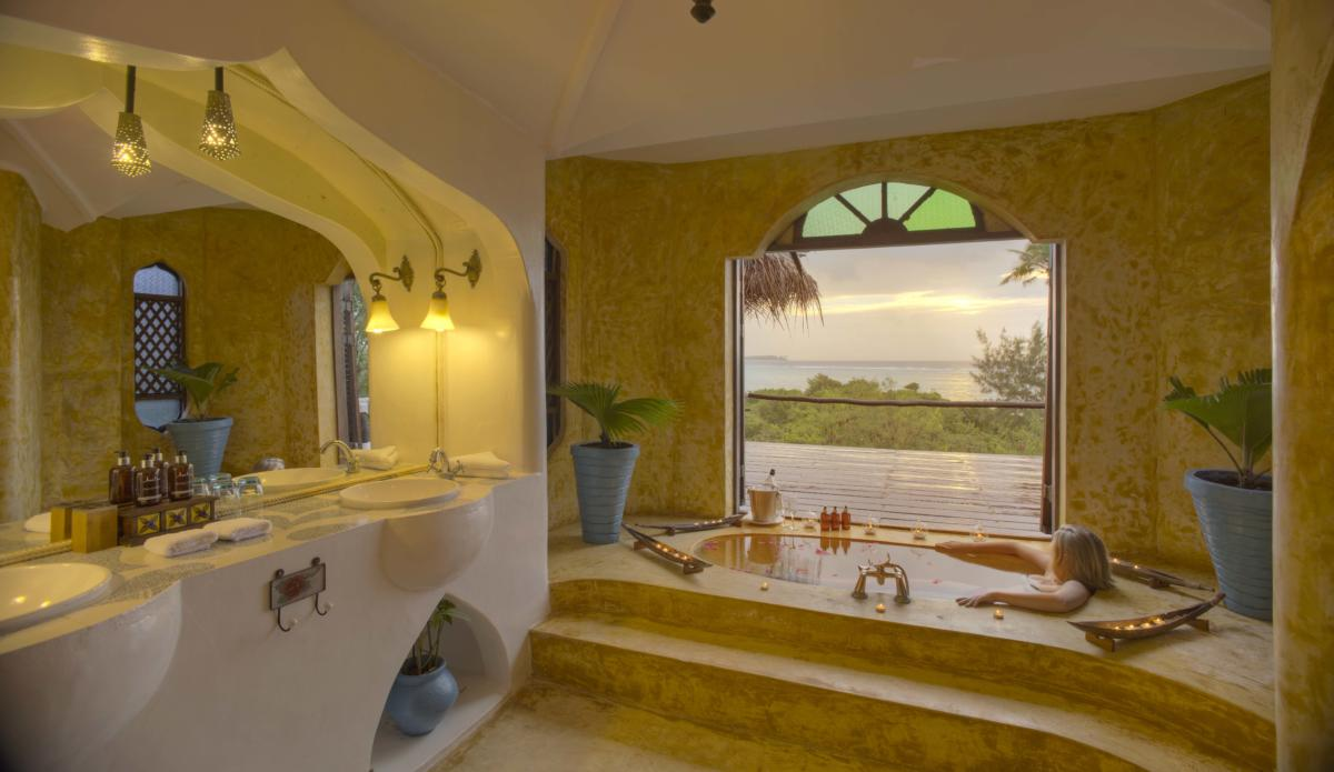Matemwe-retreat-bathroom-Zanzibar-Wito-Africa-Safaris