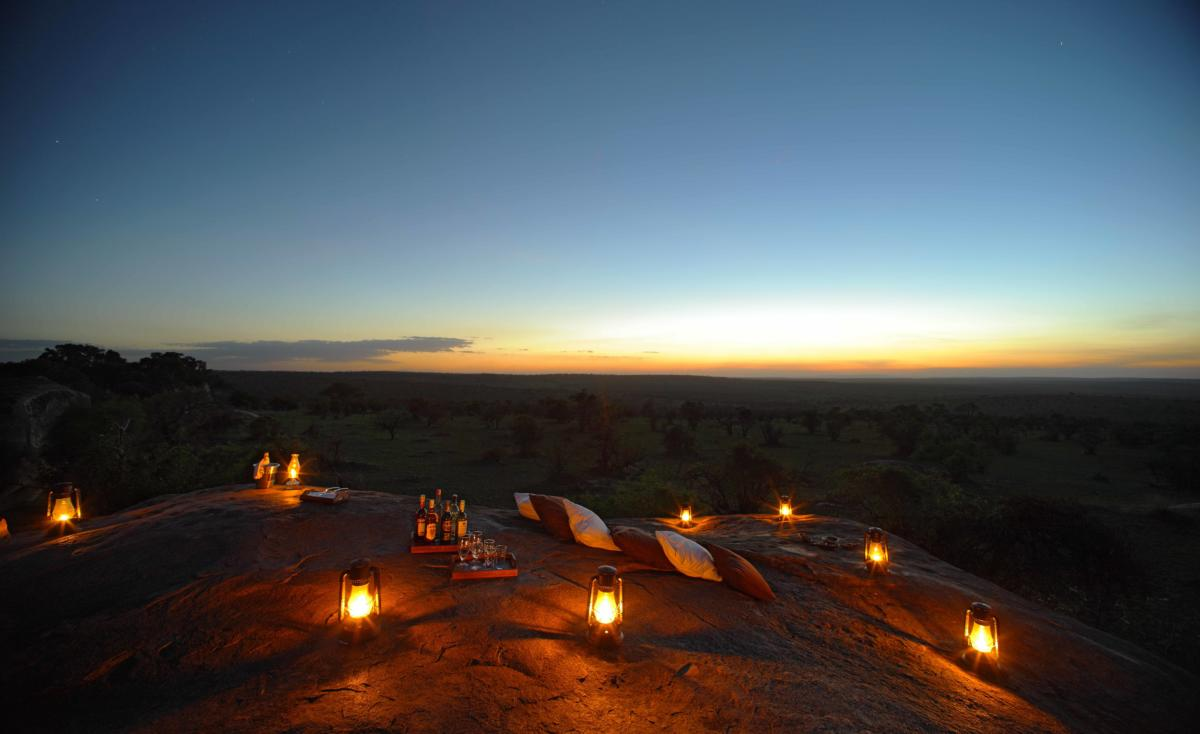Sundowner on Simba Rock-Serengeti-Bushtops-Camp-Serengeti-Wito-Africa-Safaris-Tanzania