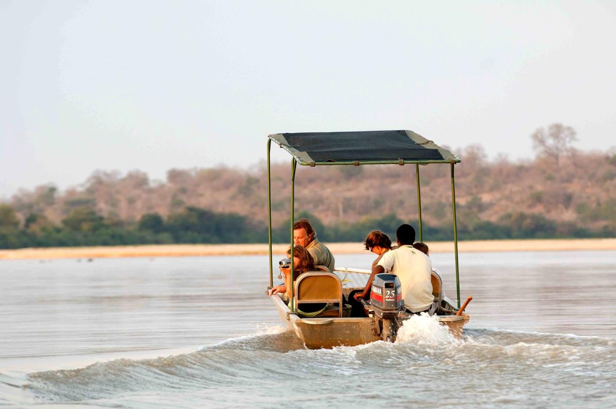 boating-safari--Kiba-Point-Selous-Wito-Africa