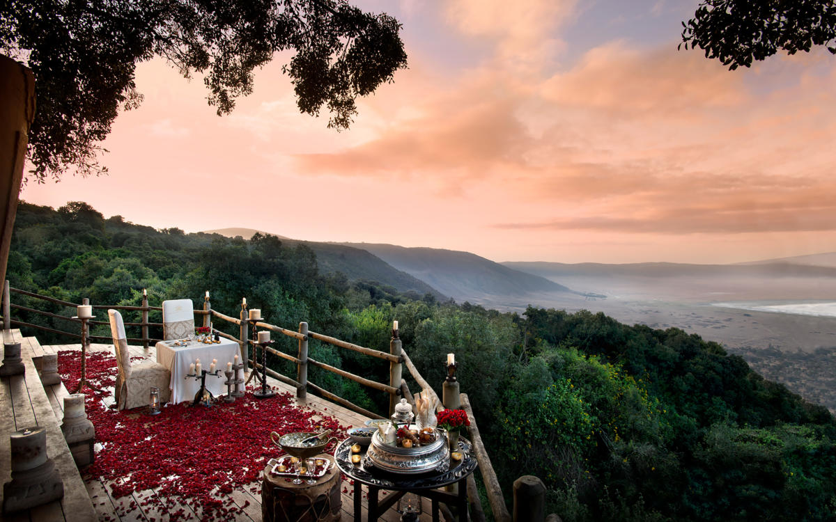 romantic-setting--andbeyond-ngorongoro-crater-lodge